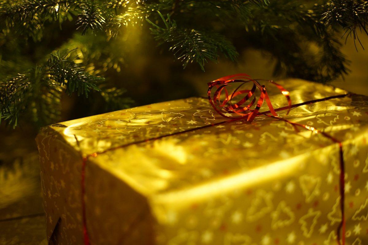 christmas-1786558_1920-1200x801