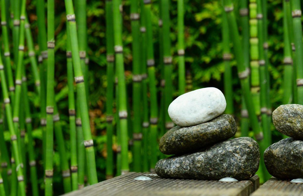 stones-827537_1920-1200x777
